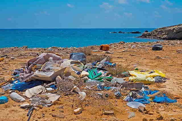 Déchets sur les plages