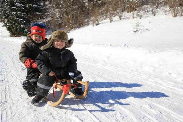 Sport de glisse dans la neige
