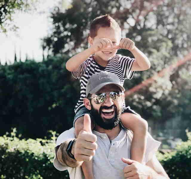 Éducation positive : les 17 principes des parents qui gèrent!